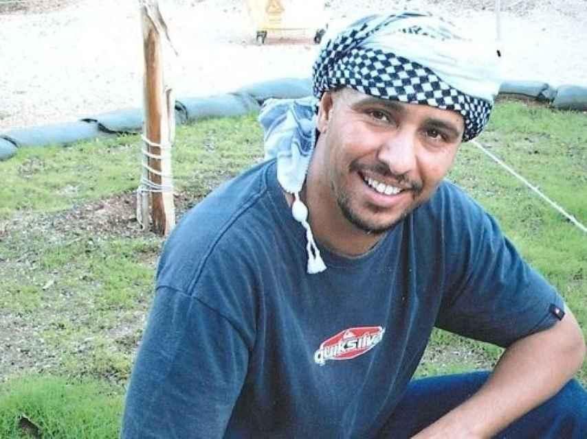 Mohamedou Ould Slahi, autor de Diario de Guantánamo y preso allí desde 2002