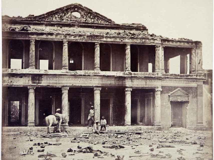 En el interior del Secundra Bagh (Lukow, India, 1857).