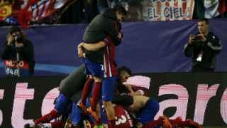 El grito del Calderón en los penaltis lleva a cuartos al Atlético
