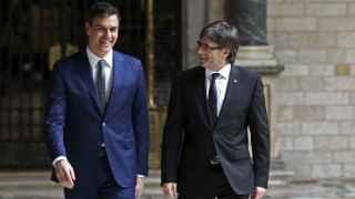 Sánchez y Puigdemont durante su encuentro este martes en Barcelona