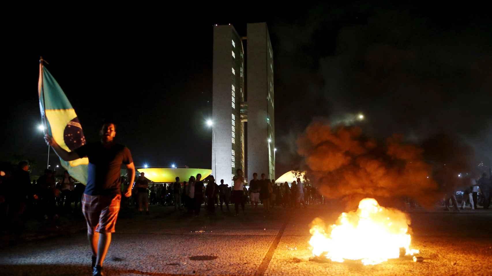 Protestas en las calles de Brasilia tras conocerse el nombramiento como ministro de Lula Da Silva