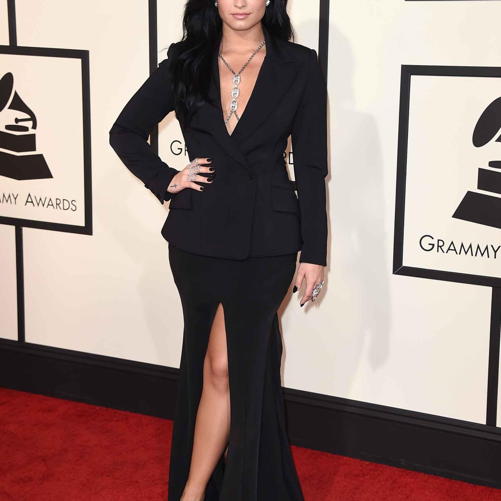 Demi Lovato en los premios Grammy de 2016