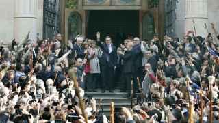 Artur Mas es aclamado a las puertas del TSJ de Cataluña