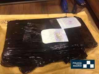 Detenido en mitad de la Gran Vía de Madrid con un kilo de cocaína encima