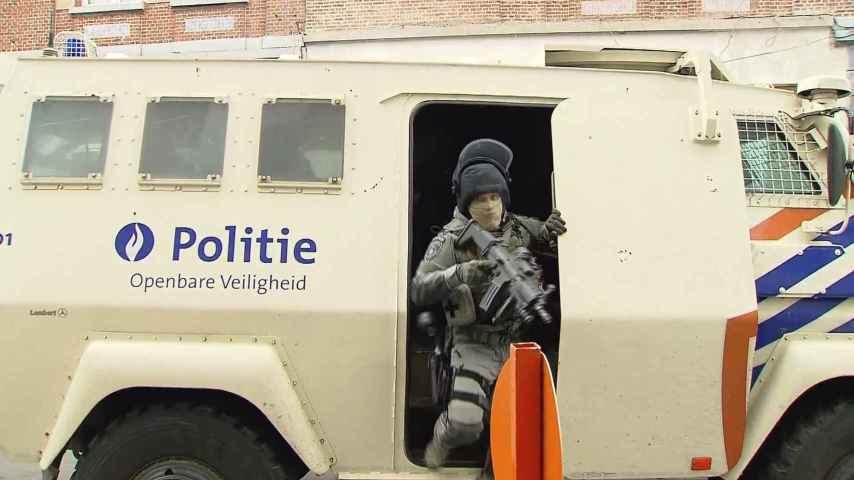 La policía belga ha vivo a Adeslam.