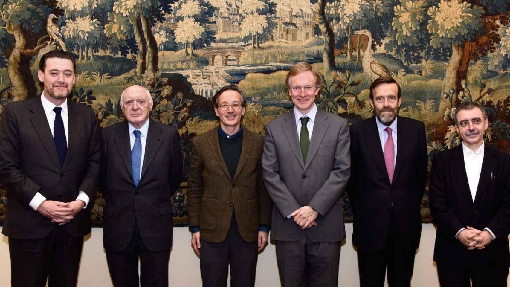 De izda a dcha: Miguel Zugaza, José Pedro Pérez Llorca, José María Lassalle, Miguel Ángel Recio, Guillermo de la Dehesa y Manuel Borja-Villel.