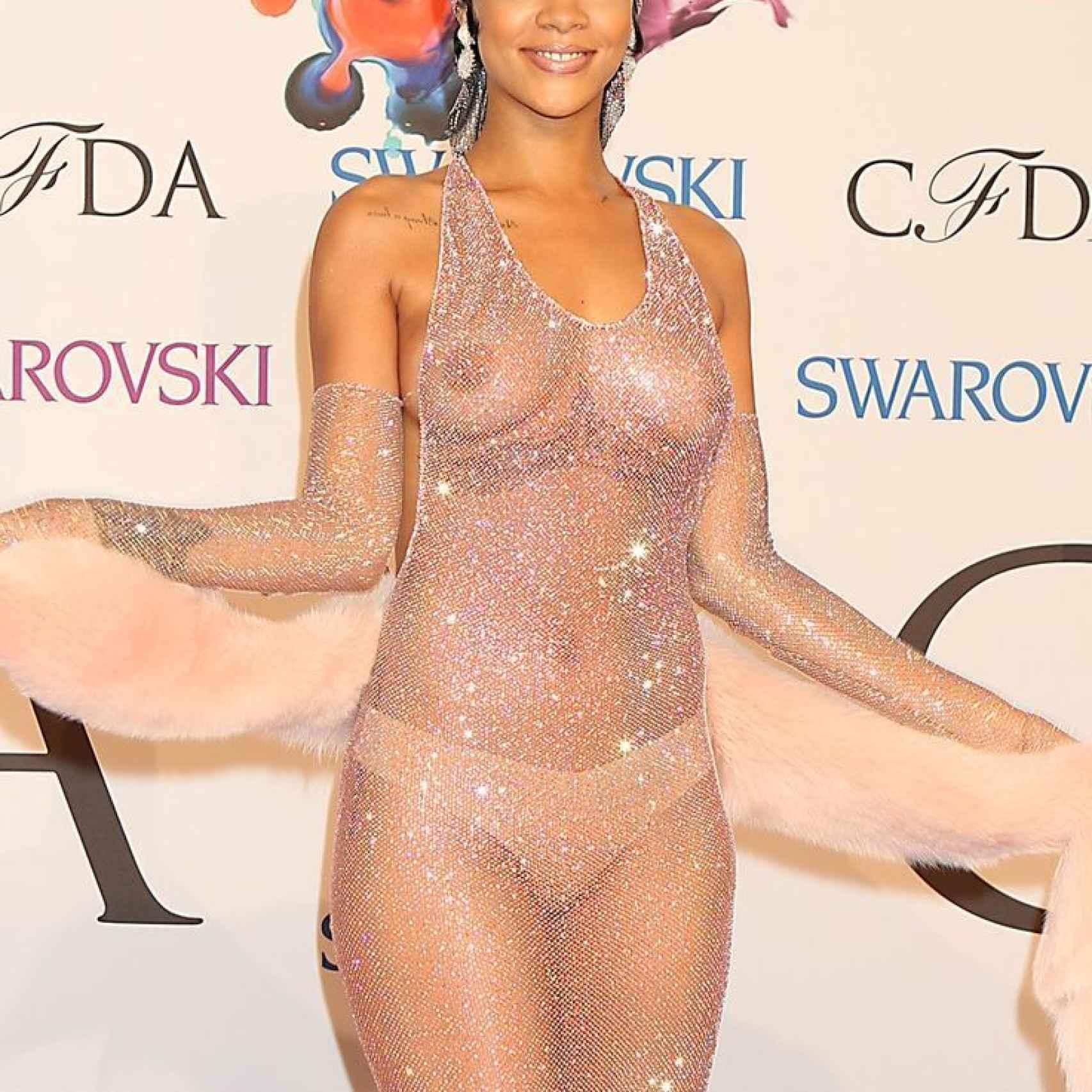 Rihanna la gala de los premios CFDA de 2014