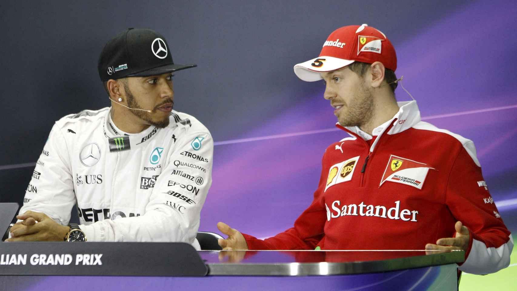 Hamilton y Vettel en la rueda de prensa posterior a la clasificación