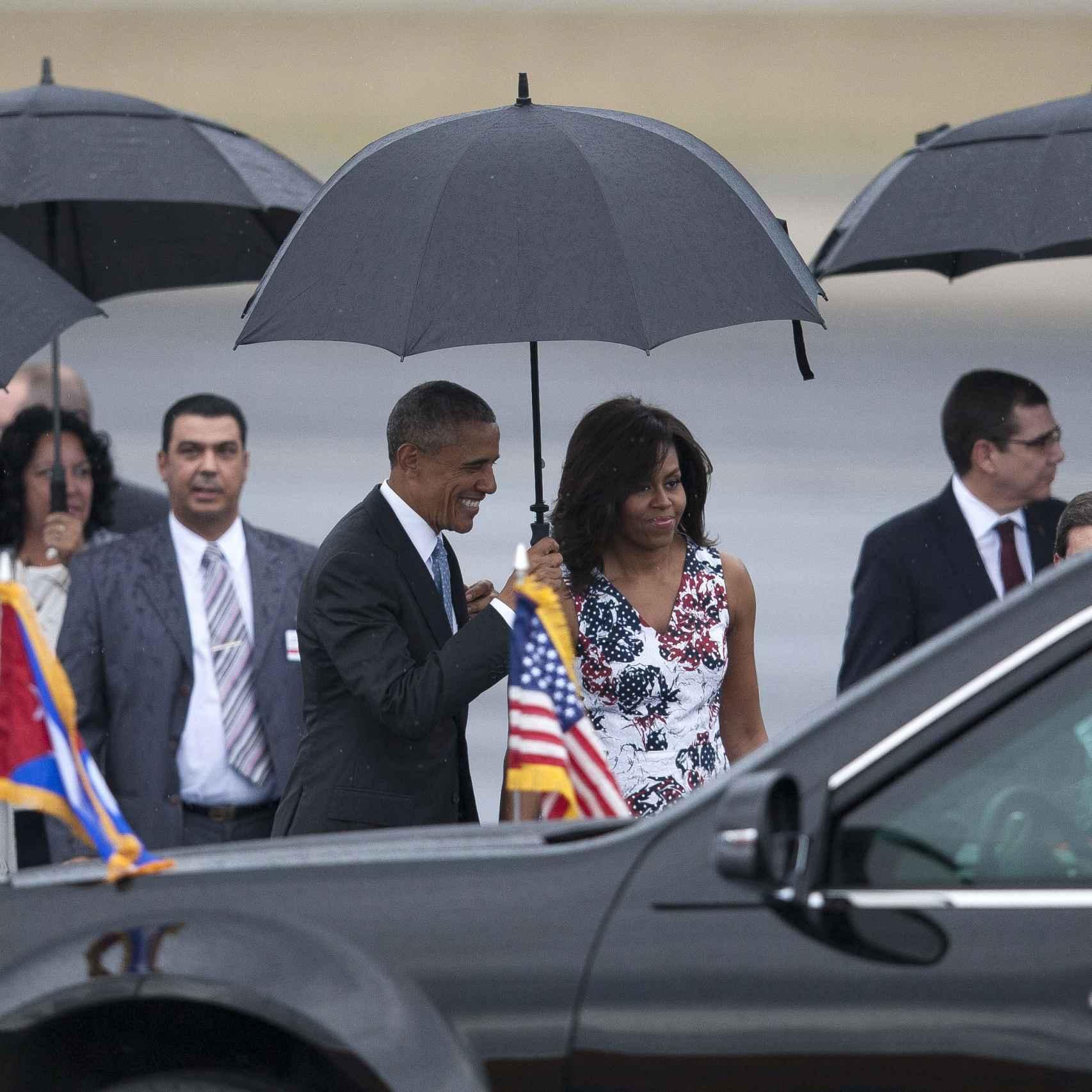 Barack y Michelle Obama a su llegada a La Habana
