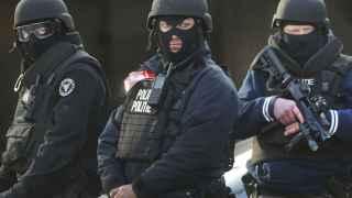 La policía monta guardia en Bruselas.