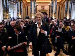 Manuela Carmena, a su llegada a un encuentro de regidores municipales por la paz.