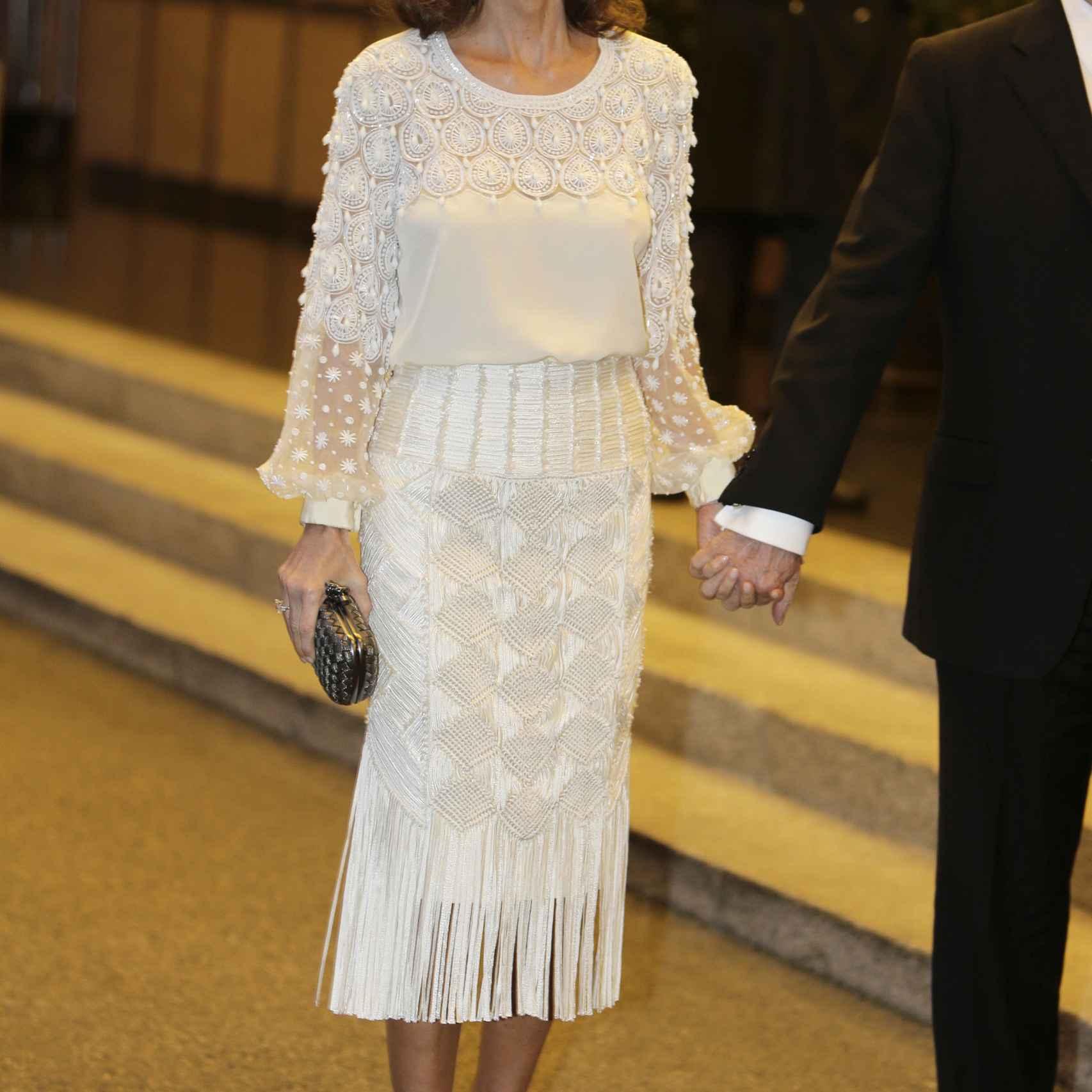 Preysler lució un espectacular vestido blanco de pedrería de Andrew Gn