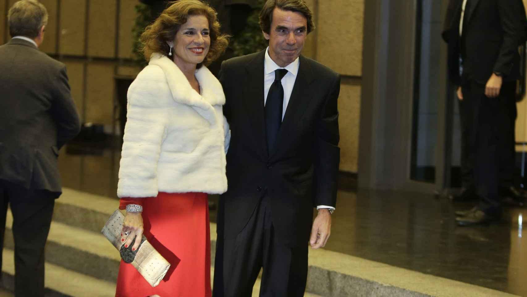 Ana Botella y José María Aznar a su llegada a la fiesta