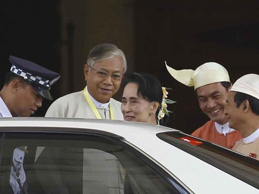 La presidencia bicéfala de la nueva Birmania