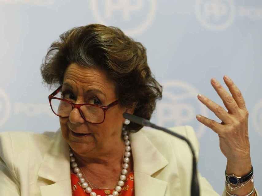 Rita Barberá durante una rueda de prensa en Valencia.