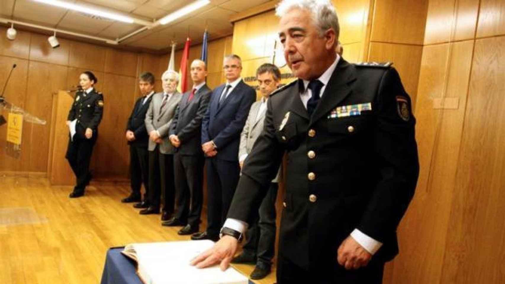 El comisario Manuel Vázquez en primer plano