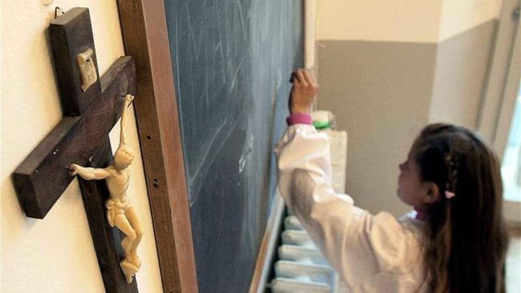 El número de matriculados en Religión desciende por primera vez en la década