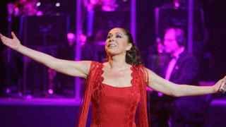 Isabel Pantoja se irá de gira con su nuevo disco