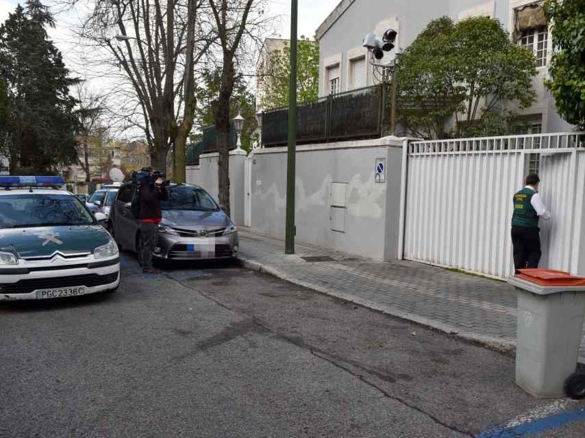 La policía registra la casa de Mario Conde tras su detención