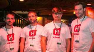 José, Miguel, Oleg y Atilio posan en Techstars.