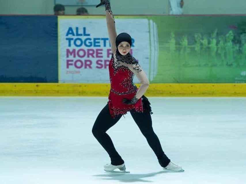 Zahra Lari en un ejercicio sobre hielo.
