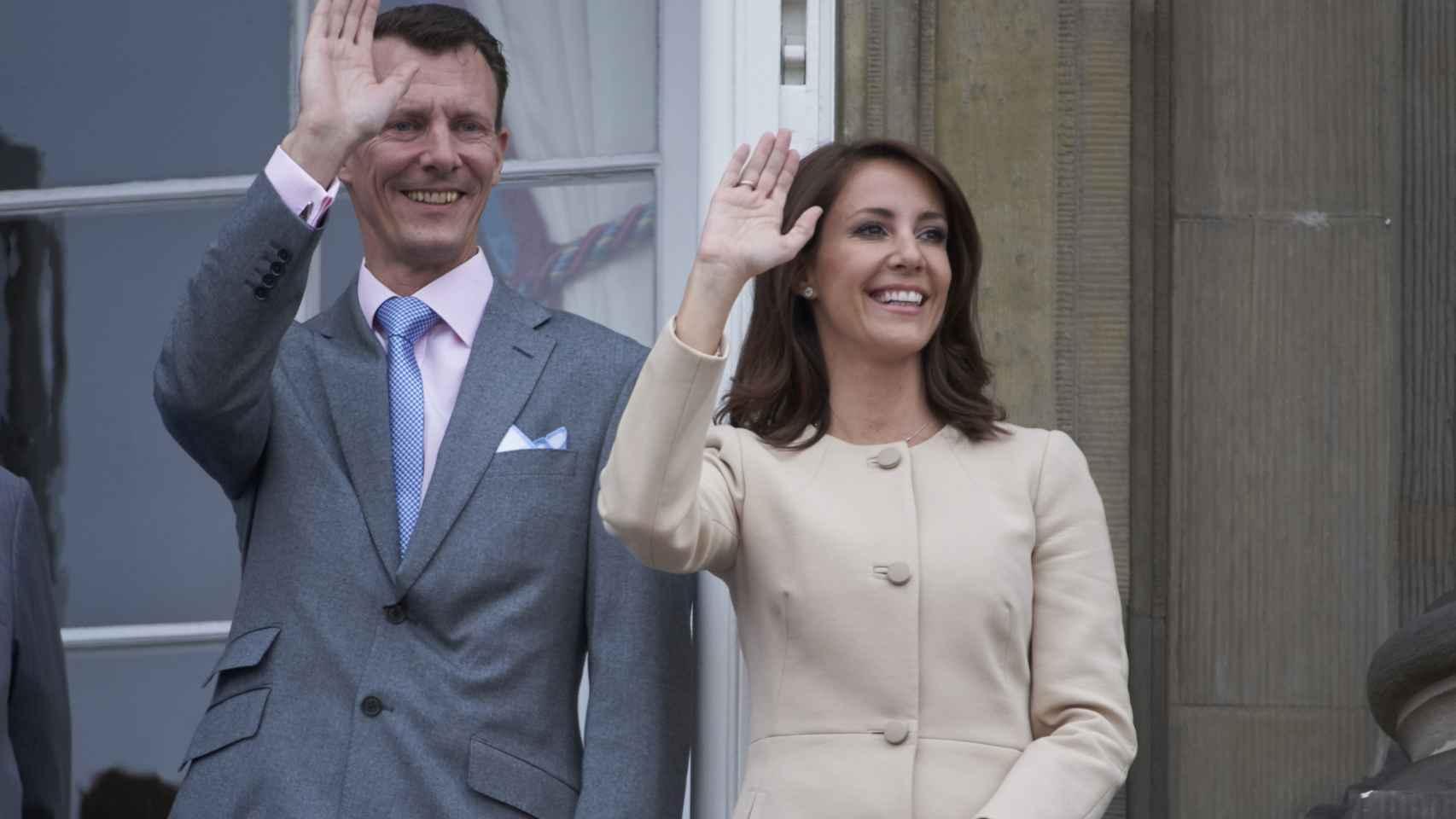El príncipe Joaquín de Dinamarca y su esposa la princesa María Cavallier