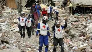 Los servicios de rescate continúan su búsqueda en Ecuador.