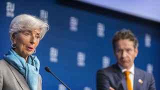 La directora gerente del FMI y el jefe del Eurogrupo durante la reunión de Ámsterdam