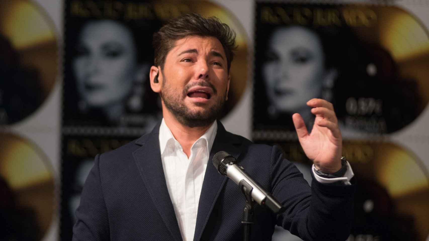 Miguel Poveda ha interpretado temas de Jurado con su desgarradora voz