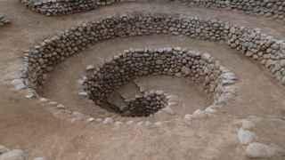 Todos los misterios acaban en las espirales de Nazca