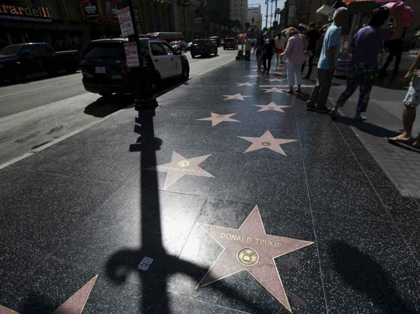 La estrella de Trump refleja el carácter polifacético del político, empresario y presentador.