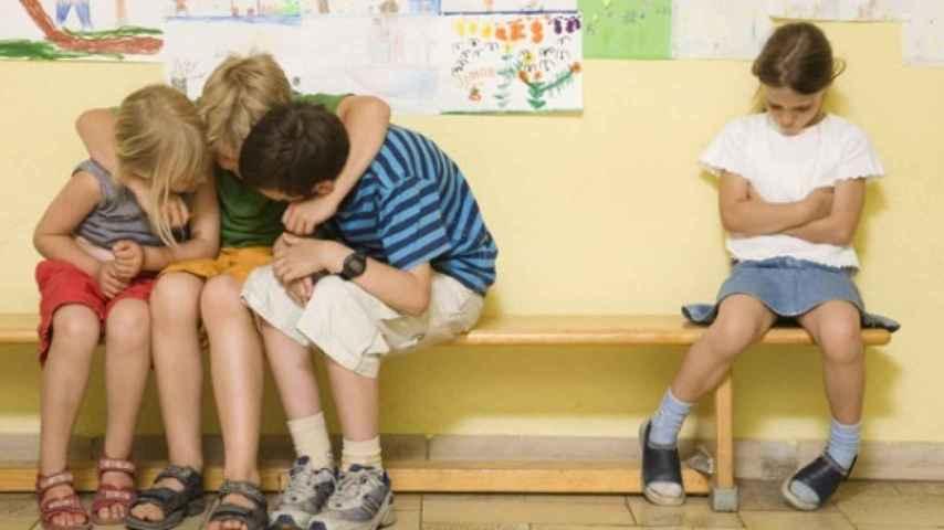 Los menores tardan una media de 13 meses en comunicar que son acosados.