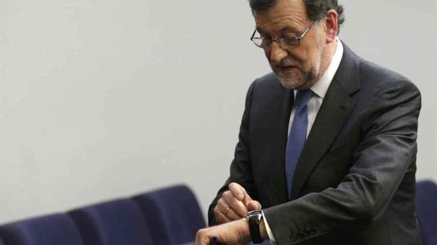 Rajoy, a los periodistas a las 20.02: Venga, que a menos cuarto empieza el fútbol
