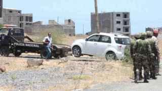 El coche donde han aparecido armas iguales a las utilizadas para el ataque.