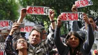México demanda que se encuentre a los estudiantes desaparecidos.