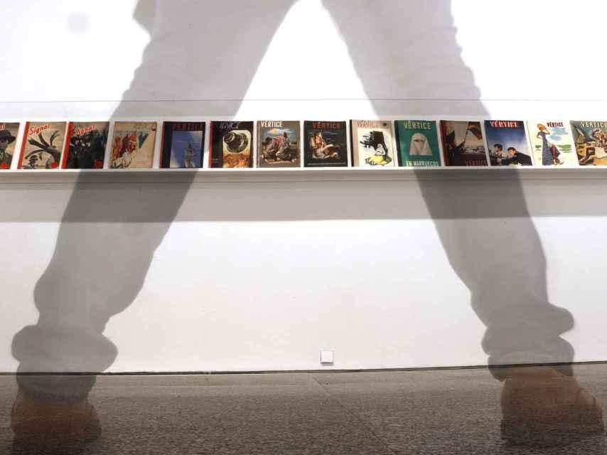ira de portadas de revistas de propaganda editas por el ejercito alemán y por la Falange, en el Reina Sofía.