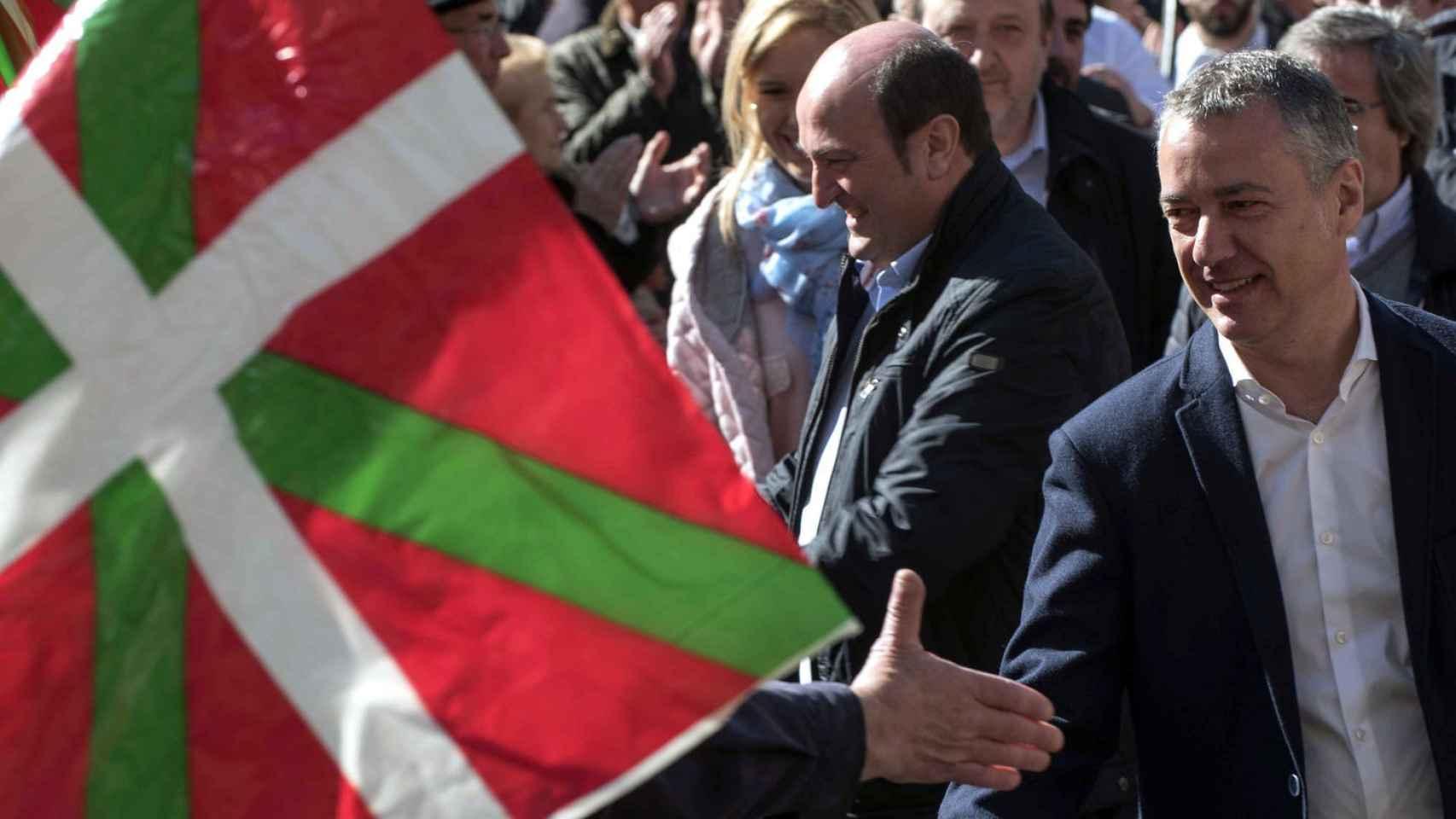 Podemos-Urkullu-pedir-confederacion-vascos_112749533_3001446_1706x1280