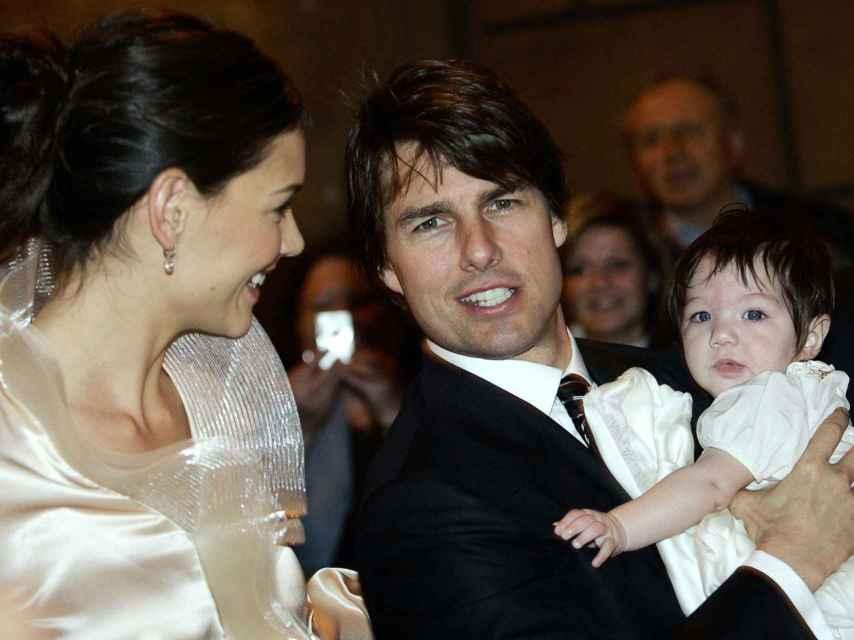 Katie Holmes, Tom Cruise y Suri en la boda de la pareja