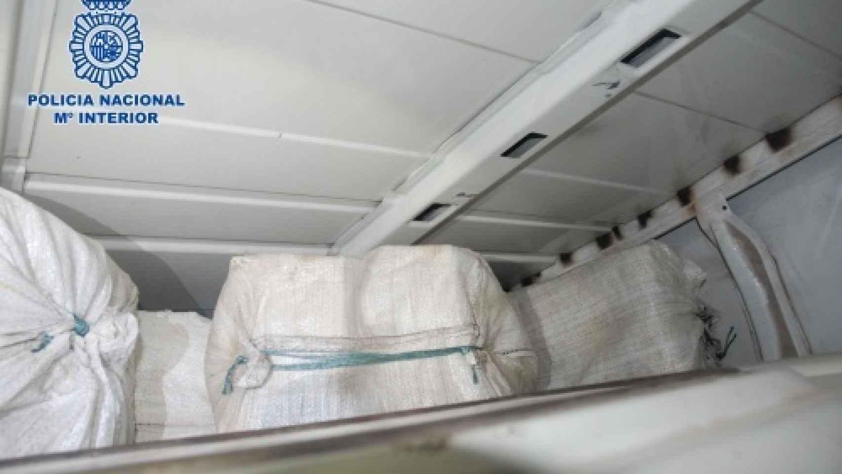 Bolsas con la cocaína interceptadas en la 'operación Dulce'