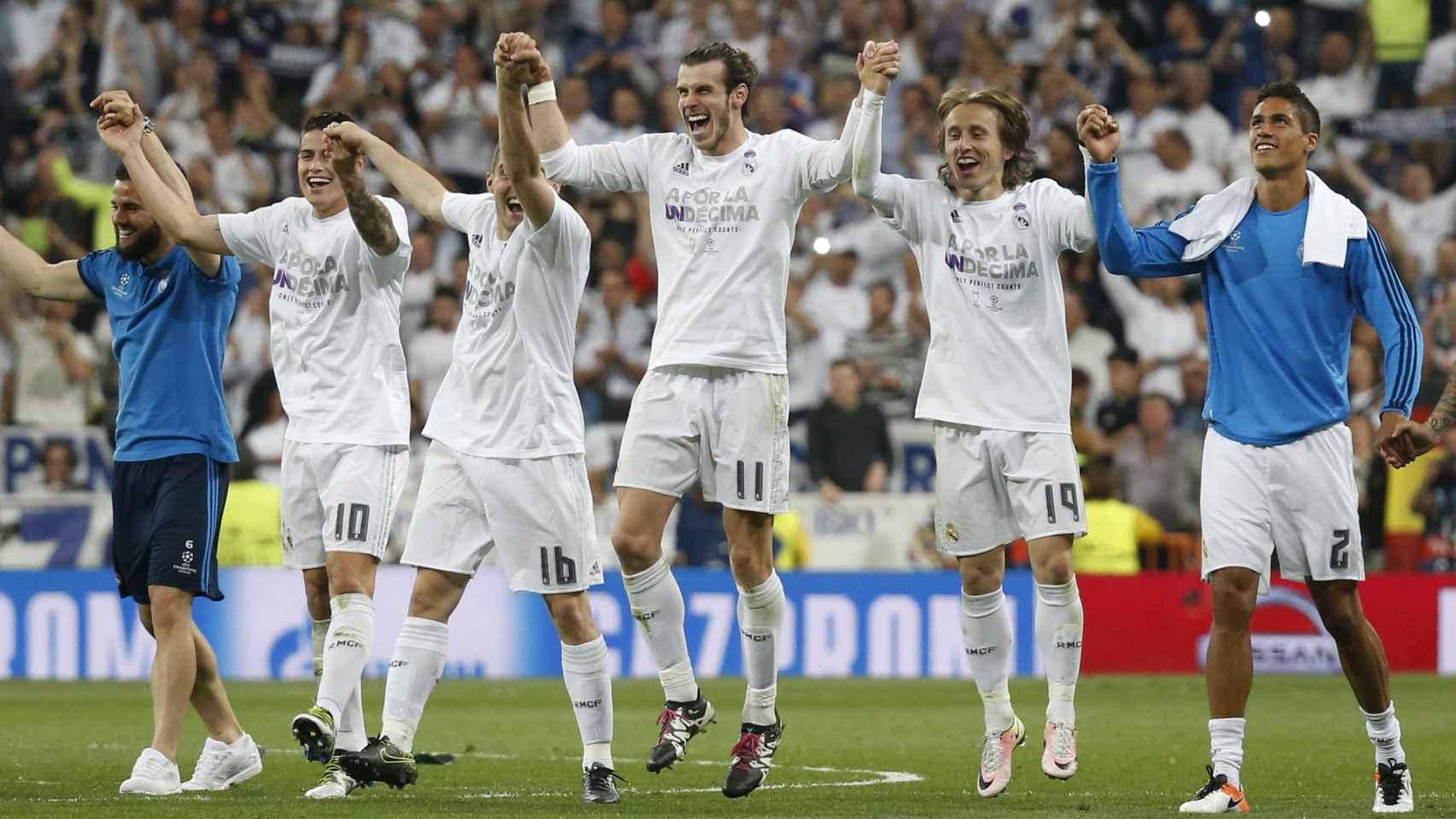 Jugadores del Real Madrid celebran el pase a la final de Champions.