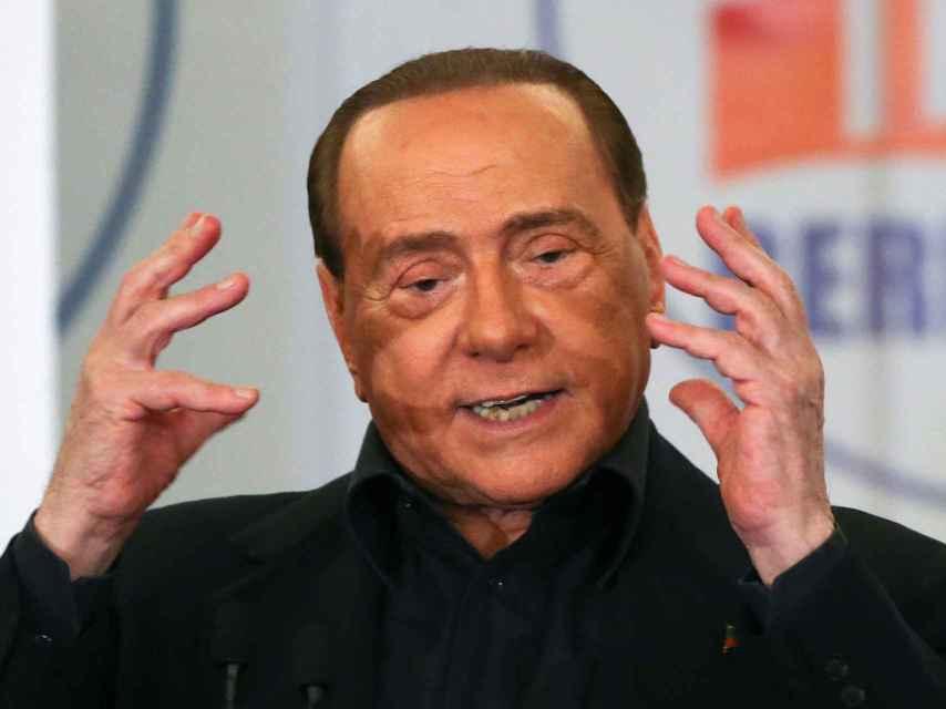 Los delfines de Berlusconi no han tenido éxito hasta el momento.
