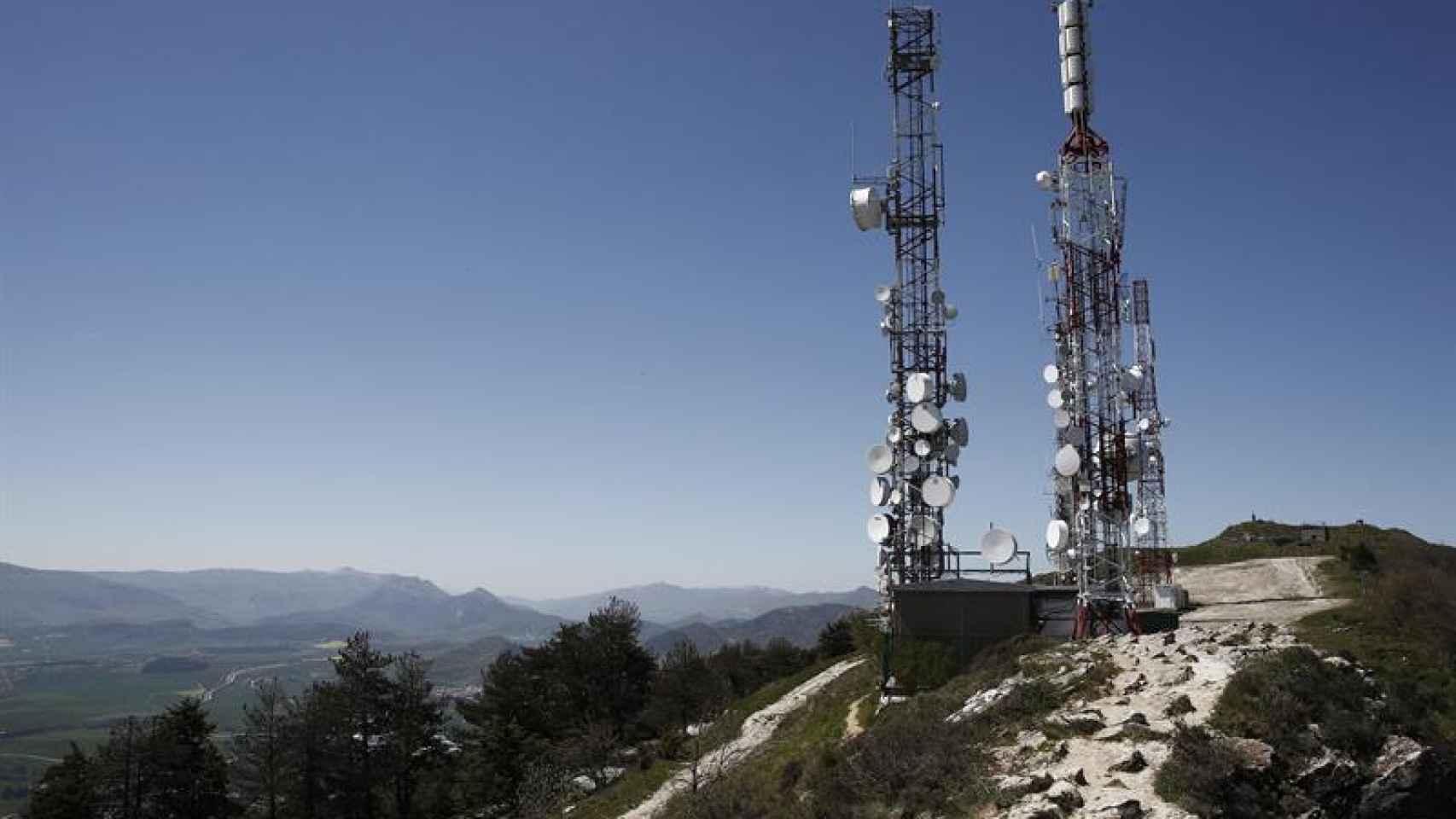 Imagen del repetidor de San Cristóbal a través del cual emite la señal ETB en Pamplona