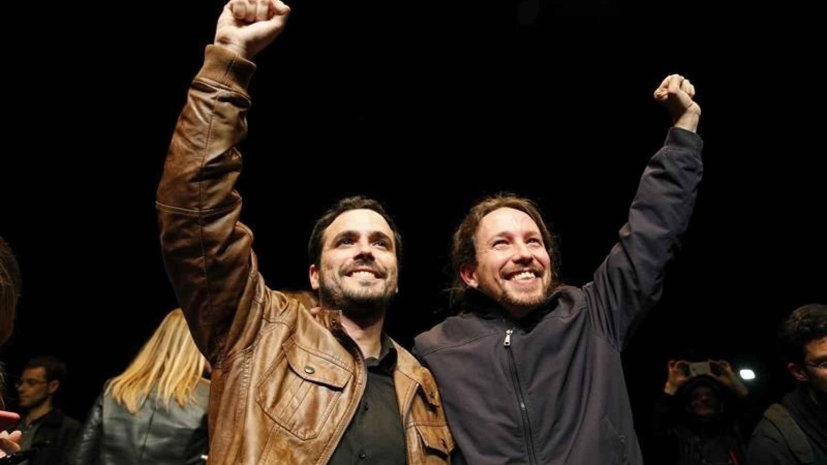 Los líderes de Podemos, Pablo Iglesias, y de Izquierda Unida, Alberto Garzón/Ballesteros/EFE
