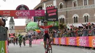 André Greipel se impone en la quinta etapa del Giro.