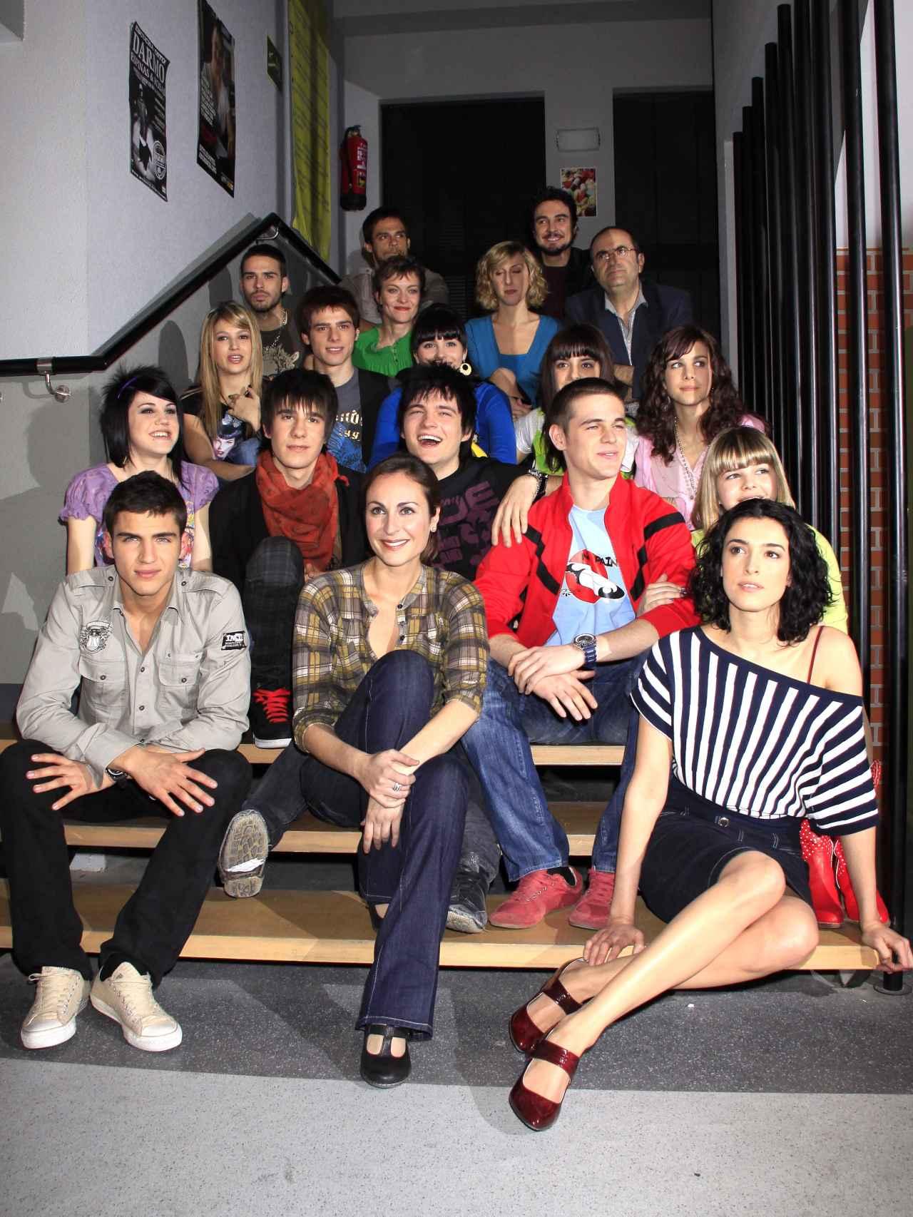 Elenco de la serie que se emitió en Antena 3 del 2008 a 2011