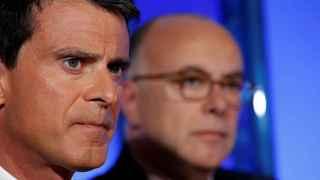 Valls ha superado una moción de censura.