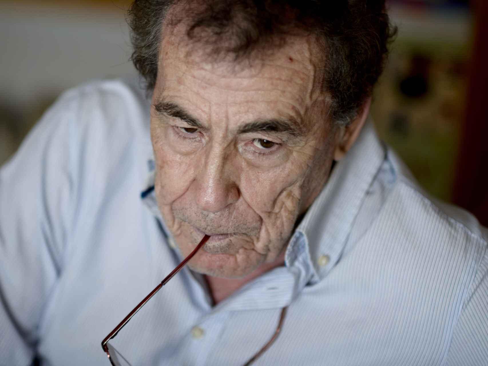 Fernando Sánchez Dragó recogió la historia de su padre en