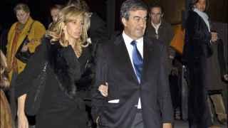 Álvarez Cascos se separa de María Porto, su tercera mujer