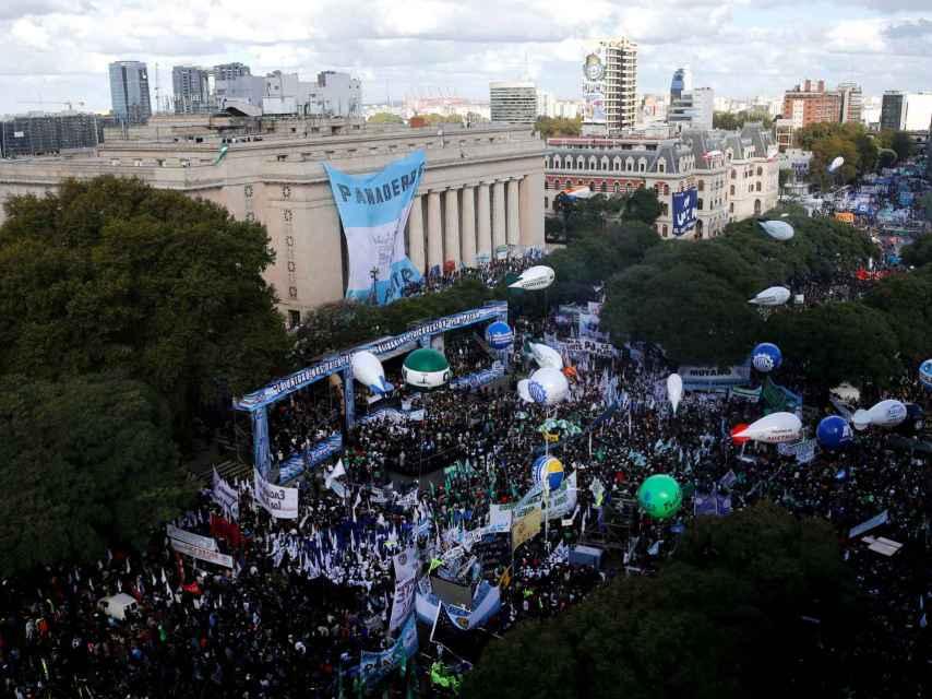 Las protestas se suceden tras las reformas en Argentina.
