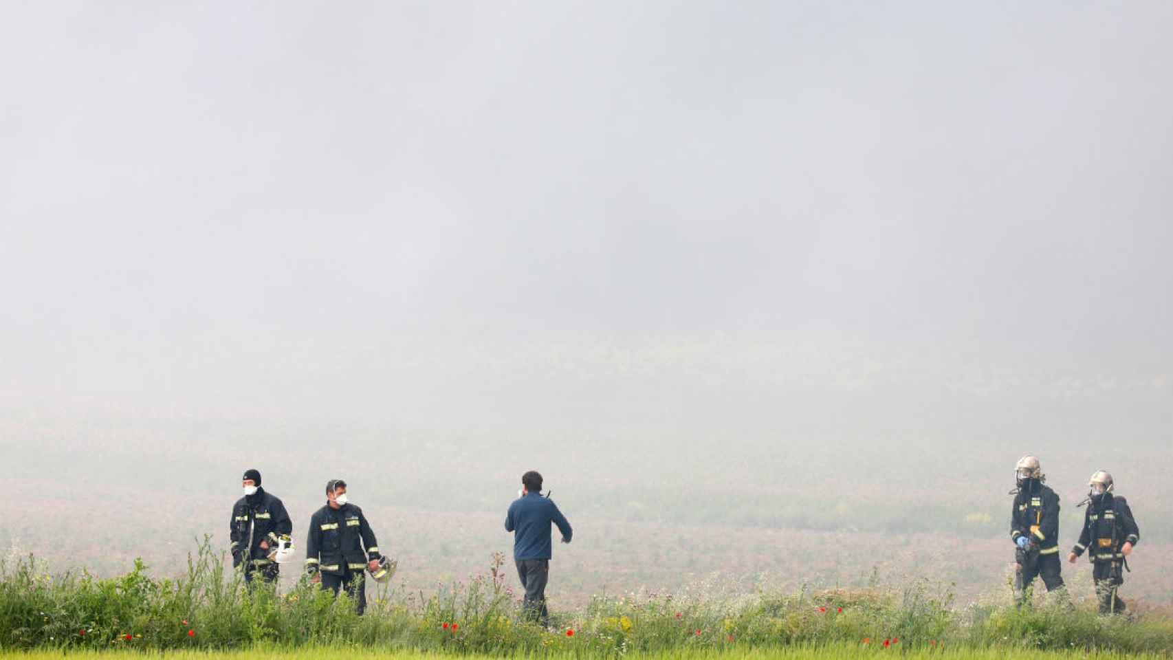 Los bomberos han estado trabajando durante horas para acabar el fuego.